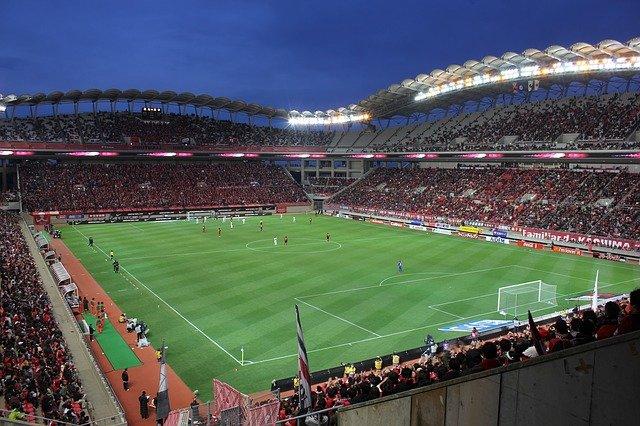 'Arsenal wajib merekrut Aouar' – Wright mendesak Arteta untuk berusaha keras demi bintang Lyon
