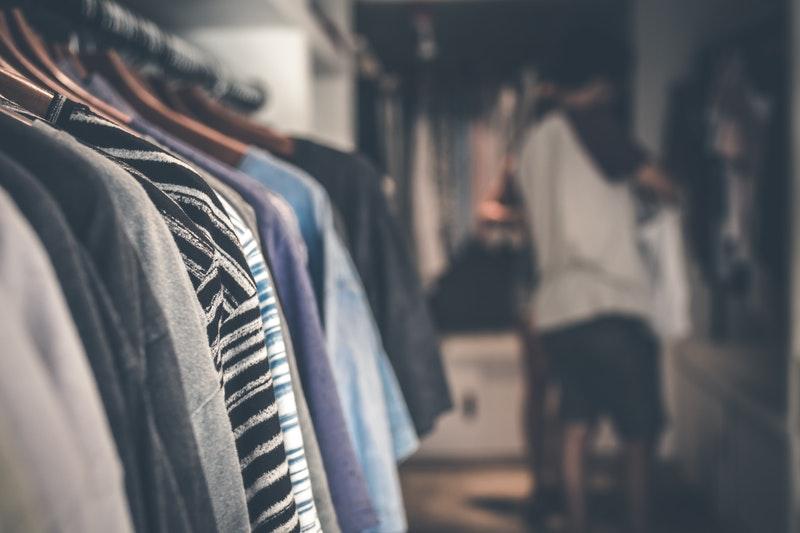 Cara Mudah Memulai Bisnis Baju Desain Sendiri